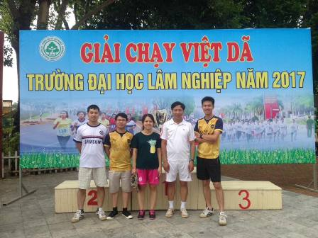 Staffs of Institute for Forest Ecology and Environment participated in Marathon match of Vietnam National University of Forestry 2017